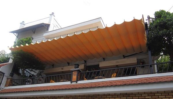 Lắp đặt bạt mái xếp ở Long An